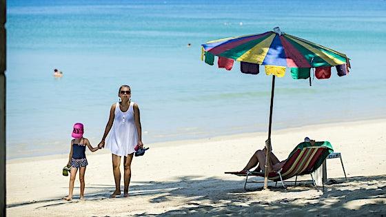 Rejser til Kamala Beach, Phuket - Book din ferie til Thailand her! | TUI.dk